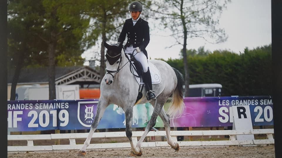 Jorinde Mansolein achste tijdens Franse kampioenschappen eerstejaars vijfjarige dressuurpaarden